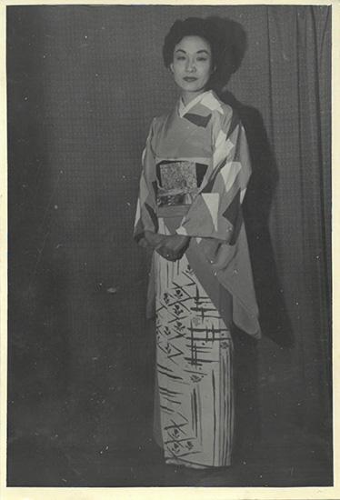 女優・一色采子の母の着物
