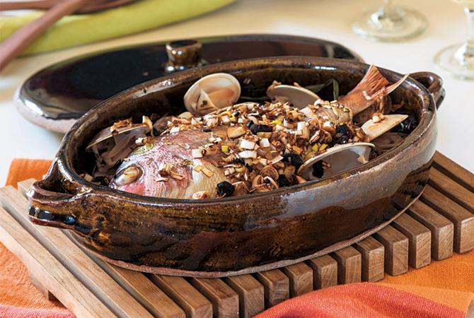益子焼の蓋付き耐熱深皿