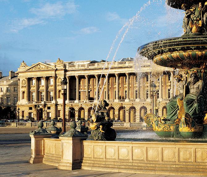 オテル・ド・クリヨンに5連泊 エスプリ薫るパリの「今」を 訪ねる至福の7日間