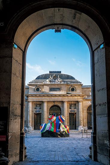 フランス国立造幣局モネ・ド・パリ。