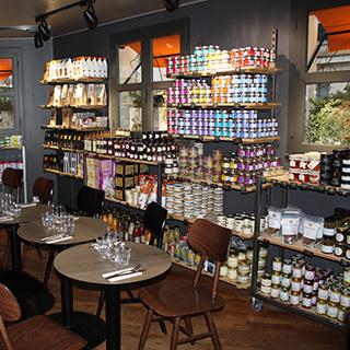 パリのエピスリー・カンティーヌ 食材店食堂
