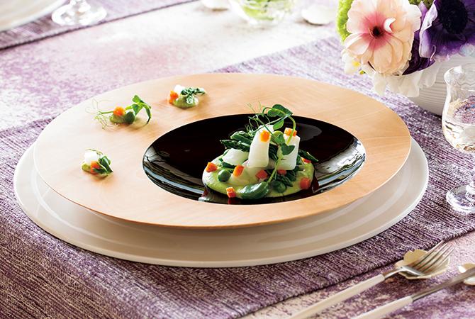 南木曽ろくろ細工のディナー皿