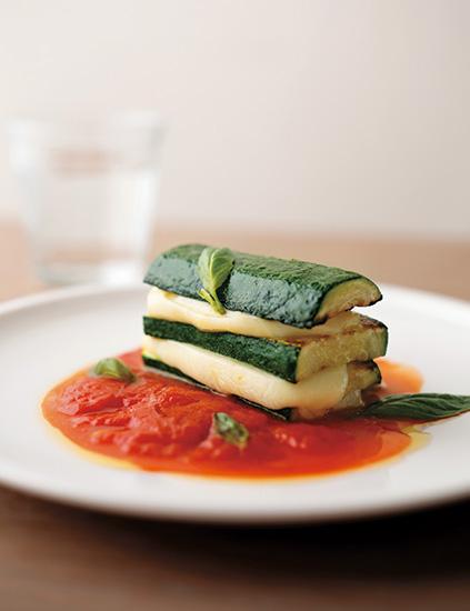 『旬の野菜でシンプル・イタリアン』佐藤夢之助(著)