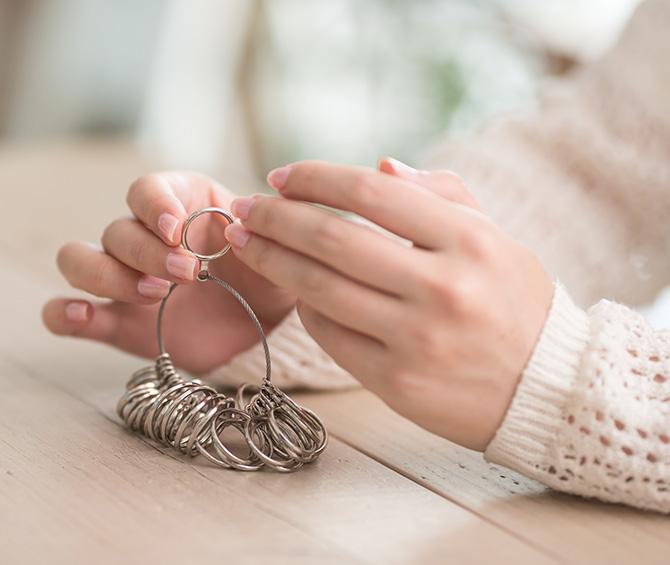 大人検定365 海外で指輪を買うときも、日本のサイズ表記は通用する?