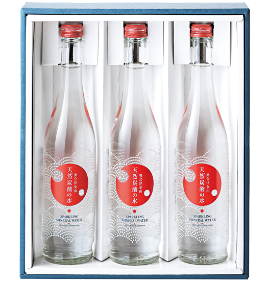 奥会津金山 天然炭酸の水(500ml入り×3本)