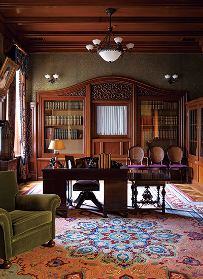 利為侯爵の書斎