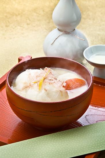 京都のお正月料理である白味噌雑煮