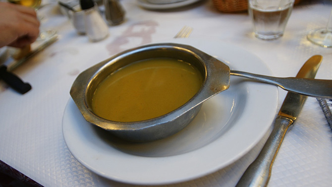 ブイヨンシャルティエ スープ