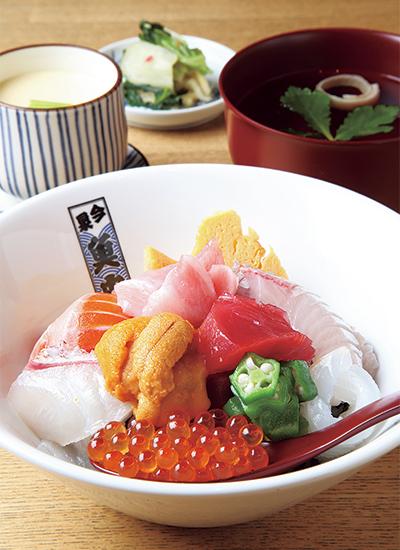 田中田式 海鮮食堂 魚忠の「魚忠丼」
