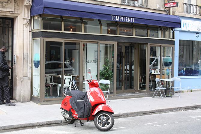 パリのイタリア料理店「テンピレンティ」の外観