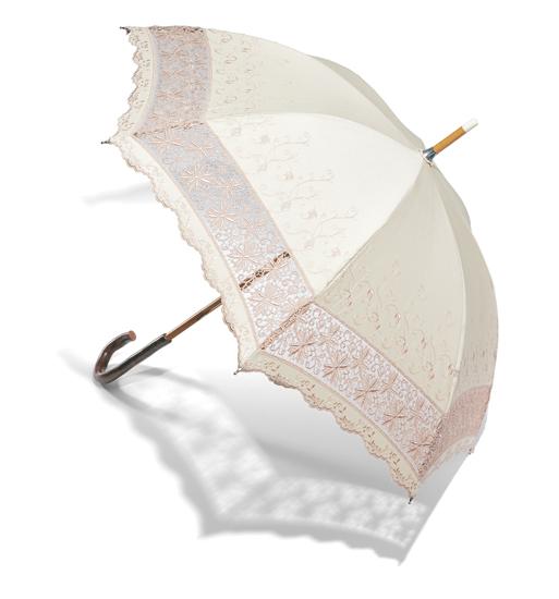 日傘(親骨47センチ)4万2000円/和光
