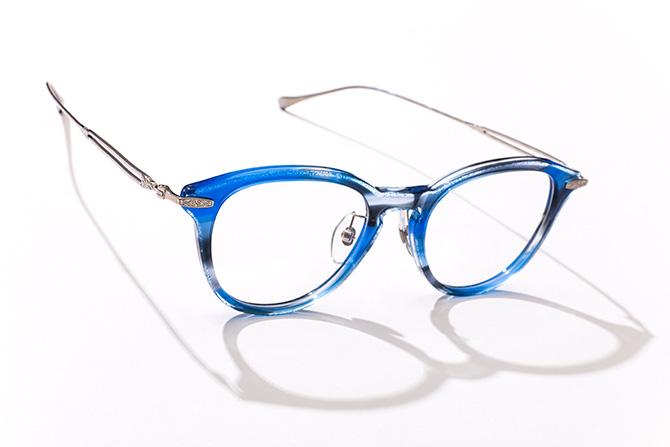 トレミー48ブルーメガネ