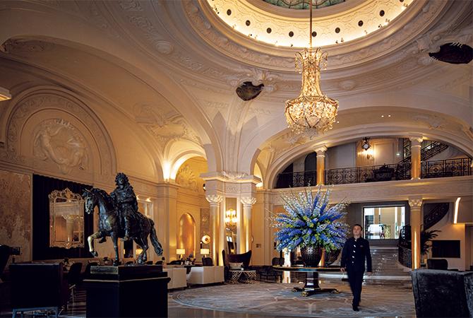 オテル・ド・パリ・モンテカルロのロビー