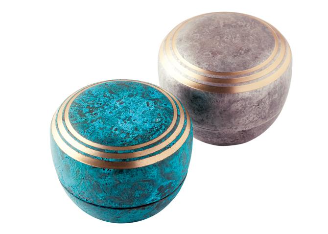 高岡銅器のミニ骨壺