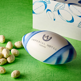 ラグビーボールの形のチョコレート