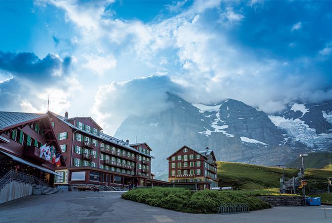 ホテル・ベルビュー・デザルプとユングフラウ三山