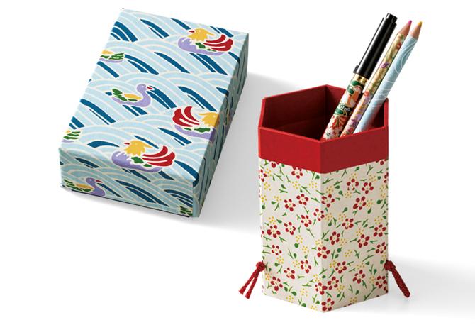 筆筒と小箱