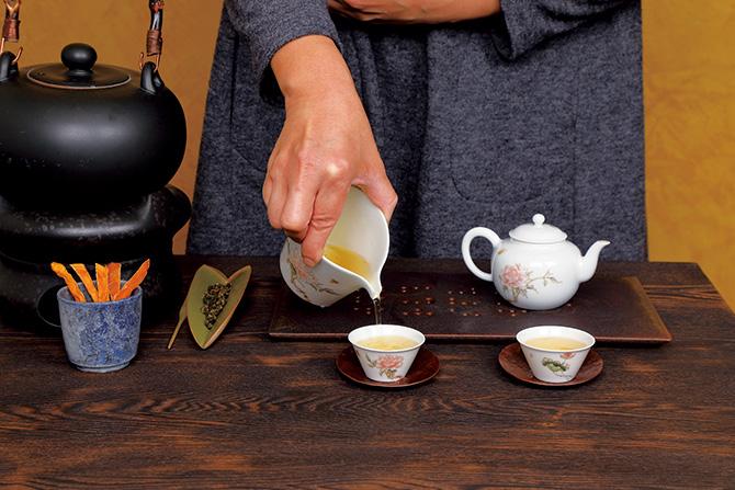 台湾席茶 蓮月庭