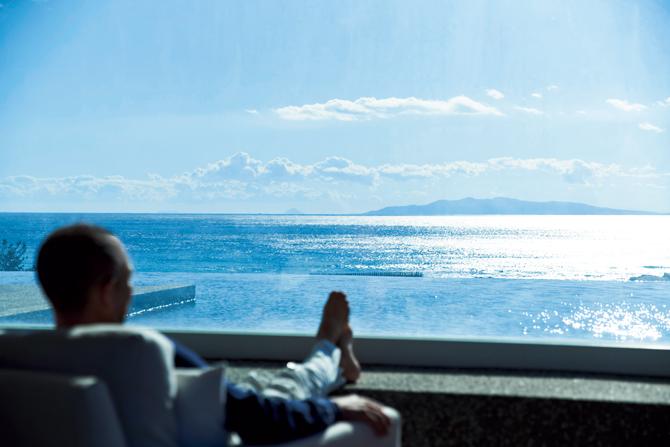海と山の絶景を前に五感のすべてを満足させる