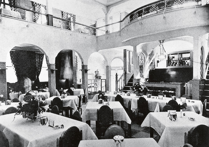 昭和初期の資生堂パーラー店内