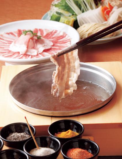 「寿庵」の極上黒豚しゃぶしゃぶ