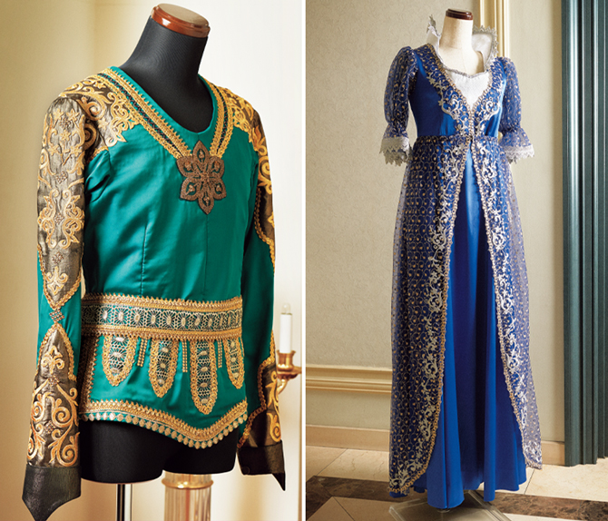 マーシャの母の衣装とアラビアの踊りの男性の衣装