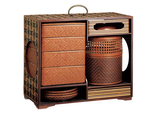 夏用の竹製重箱