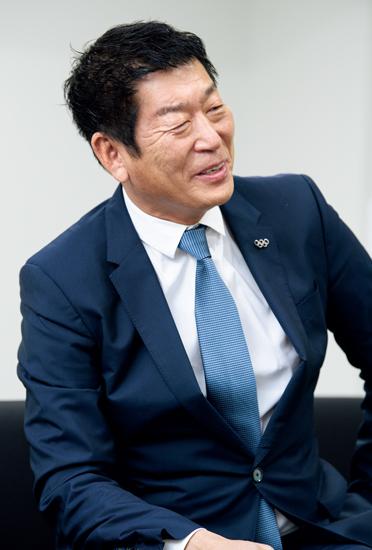 渡辺守成さん
