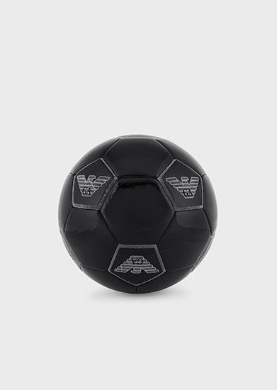 アルマーニ サッカーボール