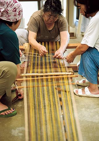 沖縄ならではの染めと織り
