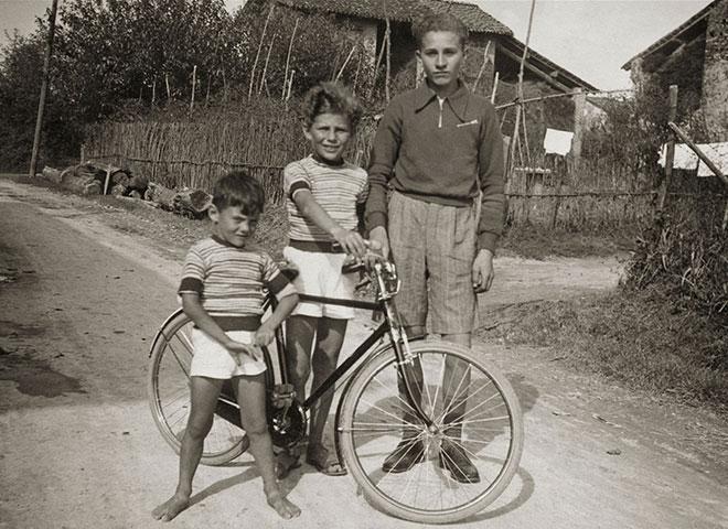ジョルジオ・アルマーニの幼少期