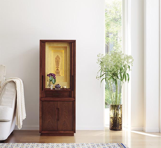 """仏壇の新しいスタンダード「白虹(はっこう)」に、稀少な国産の """"漆仕上げ""""が登場 仏壇・仏具・位牌の専門メーカー「アルテマイスター」が作る、新しい時代の祈りのかたち"""