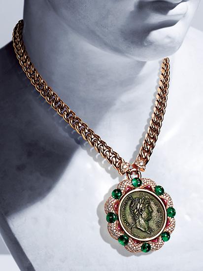 稀少な古代コインで悠久のローマを讃美