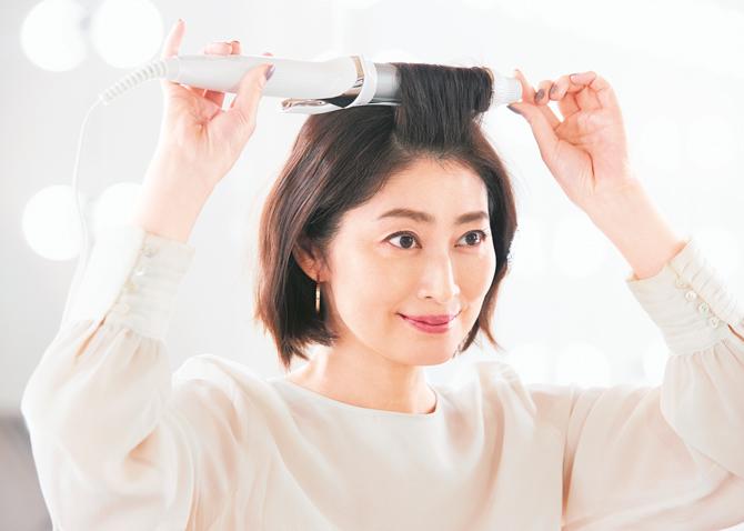 トップエリアは髪の根もとから巻き始める